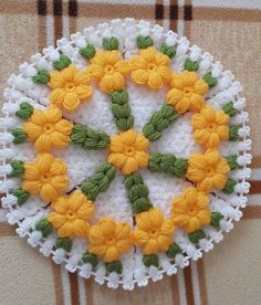 This Pin was discovered by Ayt Crochet Bowl, Easter Crochet, Diy Crochet, Crochet Doilies, Crochet Flowers, Crochet Squares, Crochet Granny, Woolen Craft, Crochet Table Runner