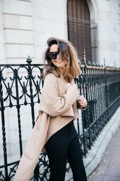 Weekends are for messy hair, oversized shades and cozy layers
