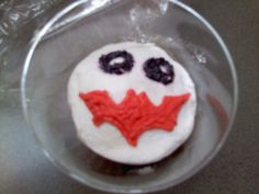 Batman/Joker Cupcake