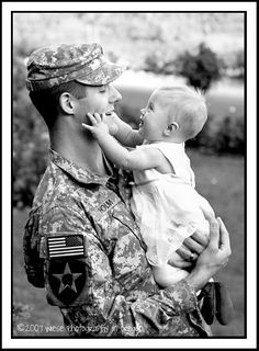 OPERATION: LOVE REUNITED is a non-profit, fully volunteer organization that offers professional photography sessions to military families and members who are getting ready to deploy, who are currently deployed, or those who are coming home.