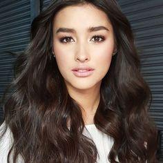 @lizasoberano #makeupbyqua #hairbybrentsales #styledbyperrytabora #endorsementshoot