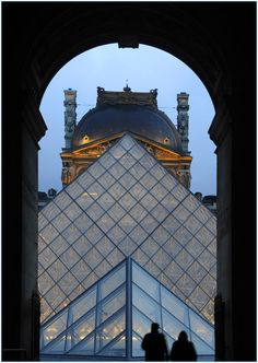 De glass pyramid designed by de Chinese architect Pei, was a subject of controversy among de French pple, but nowadays is accepted like de Eiffel Tower or de Beaubourg Museum as an icon of Paris, IIe-de-France_ North france