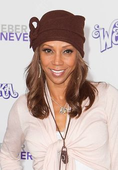 Holly Robinson Peetes hat hairstyle
