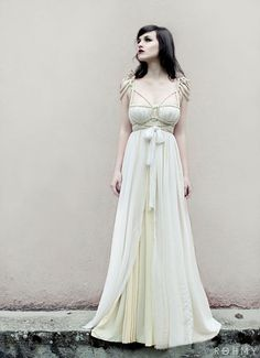 Wedding Dress Titania ROHMY Gold Label /// Bridal Gown by ROHMY