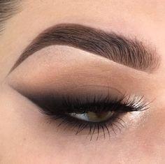 Gorgeous Makeup: Tips and Tricks With Eye Makeup and Eyeshadow – Makeup Design Ideas Cat Eye Makeup, Eye Makeup Tips, Makeup Goals, Makeup Trends, Makeup Inspo, Makeup Art, Makeup Inspiration, Beauty Makeup, Hair Makeup