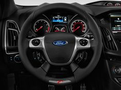Ford Focus ( 2013) Photos