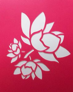 White flower on pink background Stencil Patterns, Stencil Templates, Stencil Designs, Applique Patterns, Stencil Stickers, Free Stencils, Kirigami, Paper Art, Paper Crafts