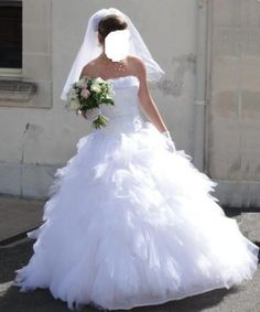 robe de mariee on Pinterest  Robes, Lausanne and Vera Wang