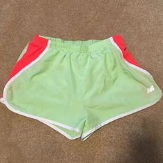 Quick Dry Shorts Hardly worn! Thanks for shopping my closet New Balance Shorts