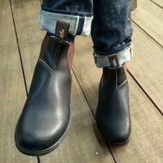 500 vs RDH @blundstone #rawdenimhouse #blundstone #blunnies #500 Me Too Shoes, Shoe Boots, Shoes Sandals, Blundstone Boots, Raw Denim, Casual Wear, Rubber Rain Boots, Chelsea Boots, Winter Fashion
