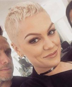 Short Hair Beauty — Jessie J ROCKIN' the new crop!...                                                                                                                                                                                 More