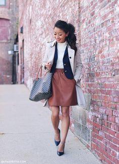 Fall outfit idea // navy blazer + cognac skirt + burberry trench coat + goyard tote bag