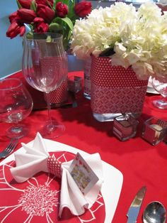 Valentines Table Decor