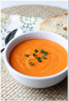 Simple Tomato Soup (The Best Ever)