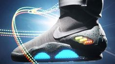 Nike Power Laces - McFly's first pair of shoes in 2015 :) Funky Shoes, Crazy Shoes, Futuristic Shoes, Nike Mag, Cool Electronics, Back To The Future, Sport Watches, Basketball Shoes, Ems