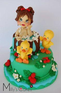 Tutorial Bolo com menina no banho e patinho de borracha on http://www.cakebeats.com