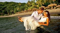 Is Saint Lucia The perfect destination for an unforgettable and romantic wedding? Menno Lindeblad thinks so, and so do we! St. Lucia is one of the most romantic locations to hold your Caribbean wedding. The small, lush island is a hidden gem,...