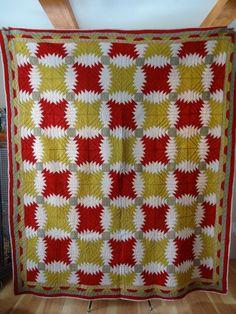 Antique Quilt. Double Irish Chain. Pineapple. Red. Yellow. Green. White. Beautiful, Esty, rubisco