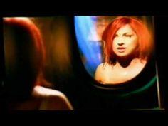 Gloria Estefan - Como Me Duele Perderte (Official Music Video) - YouTube