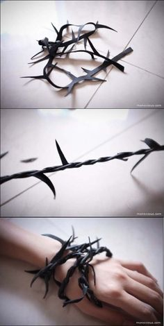 >barbed wire for halloween Cosplay Tutorial, Cosplay Diy, Halloween Cosplay, Halloween Crafts, Cosplay Costumes, Halloween Decorations, Terrifying Halloween Costumes, Diy Jewelry, Jewelery