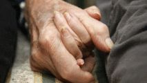 Married Couple Die 40 Minutes Apart, Hand in Hand: Report - http://www.nbcchicago.com/news/local/Couple-Married-69-Years-Die-40-Minutes-Apart-Hand-in-Hand-Report-420305303.html