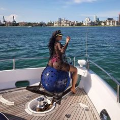 Share, rate and discuss pictures of Keyshia Ka'oir's feet on wikiFeet - the most comprehensive celebrity feet database to ever have existed. Gucci Mane's Wife, Keyshia Ka Oir, Cafe Racer Girl, Foot Pictures, Daisy Dukes, Picture Tag, Celebrity Feet, Rihanna, Editorial Fashion