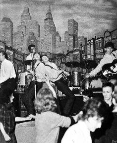 1962 - The Beatles (Pete Best, John Lennon, Paul McCartney and George Harrison).