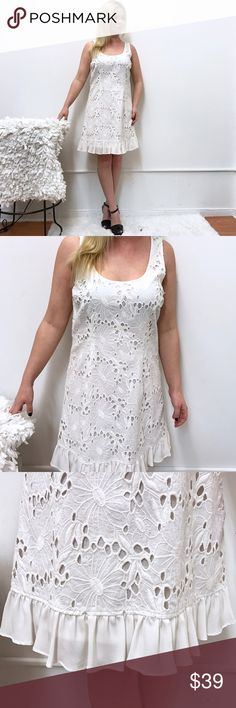 """Tracy Reese dress sz 8 in white Tracey Reese dress. Sz 8. Chest flat across 18"""" length 36"""" great condition. Tracy Reese Dresses"""