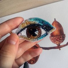 embroidery designs with beads Bead Embroidery Patterns, Bead Embroidery Jewelry, Beaded Embroidery, Beading Patterns, Hand Embroidery, Seed Bead Jewelry, Beaded Jewelry, Eye Jewelry, Beaded Brooch