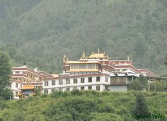 Kais Monastery of Kullu was built very recently. This monastery was inaugurated during the month of May in the year 2005 by the great Noble laureate and his Holiness, The Dalai Lama.
