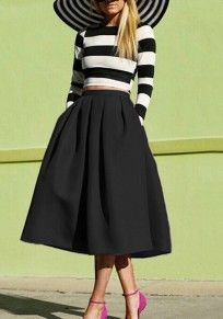 Black Plain Pleated Below Knee Loose Vintage Skirt