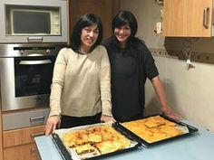 Empanada de pollo ¡MASA CASERA MUY FÁCIL! - Anna Recetas Fáciles Oven, Chicken, Meat, Baking, Anna, Food, Quiches, Picnics, Itunes