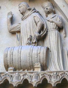 File:Cathedral Reims barrel sculpture.jpg