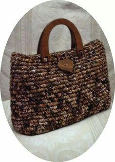 Örgü çanta