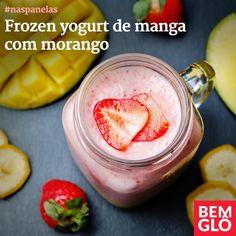 Que tal garantir a hidratação diária neste verão com uma bebida refrescante e deliciosa? vem aprender a fazer um frozen yogurt de manga com morango! Confira mais uma receita Bemglô no site da Gloria Pires!