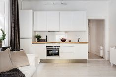 Bilder på objektet Kitchen Ideas, Kitchen Cabinets, Home Decor, Photo Illustration, Decoration Home, Room Decor, Kitchen Cupboards, Interior Design, Home Interiors