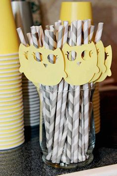 Sweet Owl Striped Straws for your baby shower or party