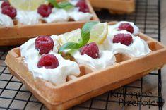 Przepis na chrupiące gofry jak z budki nad morzem! Tiramisu, Pancakes, Recipies, Cheesecake, Food And Drink, Pudding, Cooking, Sweet, Yummy Yummy
