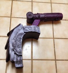 Cosplay Tutorial: DIY Predator Plasma Cannon