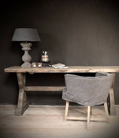 Donker houten Sidetable gemaakt van oud hout