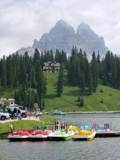 Paddle boats - Dolomites in Italy Paddle Boat, Boats, Italy, Mountains, Places, Nature, Travel, Italia, Naturaleza