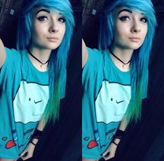 Emo blue to green hair ombre Cute Scene Girls, Cute Emo Girls, Scene Kids, Hipster Girls, Blue Green Hair, Emo Scene Hair, Indie Scene, Dye My Hair, Pretty Hairstyles