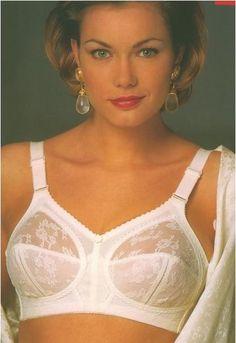 9e274bb324601 56 Best i love my bra images | Lingerie, Underwear, Underwire bras