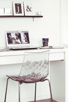 http://www.vepsalainen.com/fi/tuotteet/ruokapoydan-tuolit/ice-tuoli  TALJA_PEHMIKKEEKSI_TUOLIIN