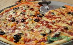 Pizza Recipes, Diet Recipes, Cooking Recipes, Focaccia Bread Recipe, Good Food, Yummy Food, Romanian Food, 30 Minute Meals, Vegetable Pizza