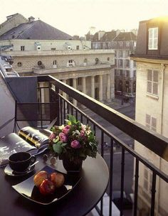 Good morning fashionistas! #coffee #breakfast #luxury #paris