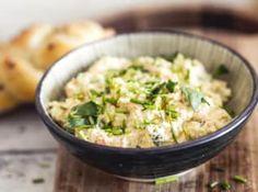 Receptů na pomazánky má každá rodina v zásobě bezpočet. A není divu... Risotto, Great Recipes, Potato Salad, Grains, Food And Drink, Rice, Potatoes, Ethnic Recipes, Essen