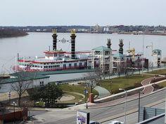Casino Aztar Gambling Riverboat, Evansville, Indiana by Lori SR, via Flickr