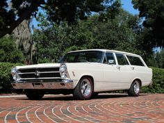 1966 Fairlane Wagon ,       sportin BIG BLOCK FLAGS.. Grocery Getter ?