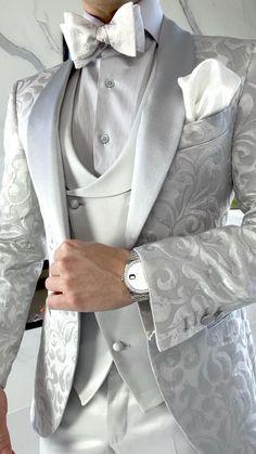 Wedding Men, Wedding Suits, Wedding Attire, Wedding Ideas, Dress Suits For Men, Men Dress, Men's Tuxedo Styles, Slim Fit Suits, Stylish Mens Outfits